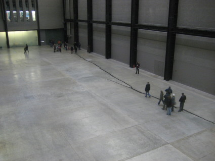 The Crack at the Tate Modern